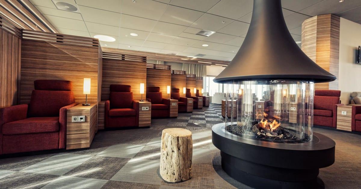 Saga Lounge   Icelandair